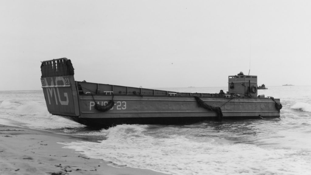 U.S. Navy LCM, photo taken in 1961. Public domain.