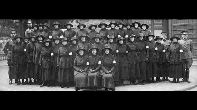 US Army Signal Corps Telephone Unit No. 1. Chief Operator Grace Banker seated front, center. Image courtesy National Archives.
