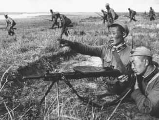Mongolian People's Army soldiers fight against Imperial Japanese soldiers. Khalkhin Gol, 1939. Public domain.