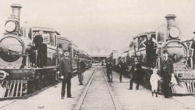 Port Elizabeth - Uitenhage railway built by Cape Colony/Molteno Government in 1870s. Photograph from South African Railways Archives, showing CGR 1st Class 4-4-0TT locomotives that entered service in 1881. Date circa 1882. Public domain.