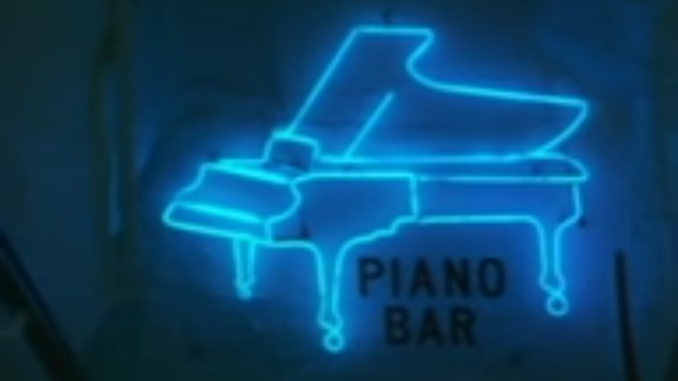 PIANO BAR neon light